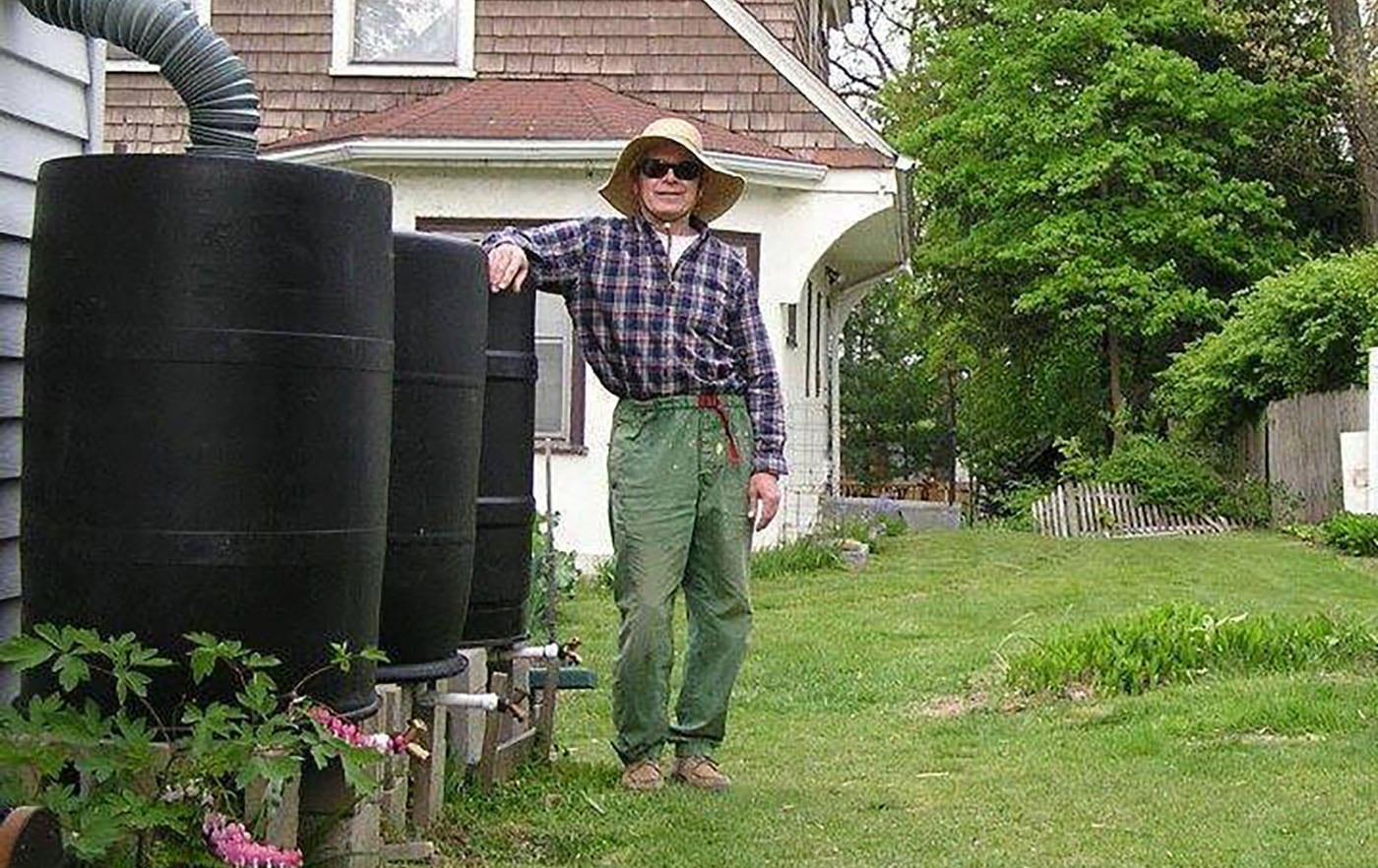 Gardening for a Lifetime Seven Decades of Growth TGV 011321 EDDIE GARDEN CAGE 1